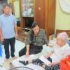 Thăm và tặng quà mẹ Việt Nam anh hùng nhân ngày 27/7